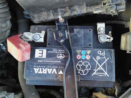 Аккумулятор на Toyota Avensis