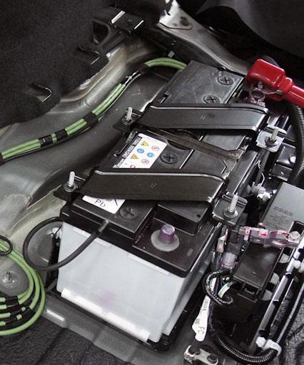 Аккумулятор на Infiniti FX30D